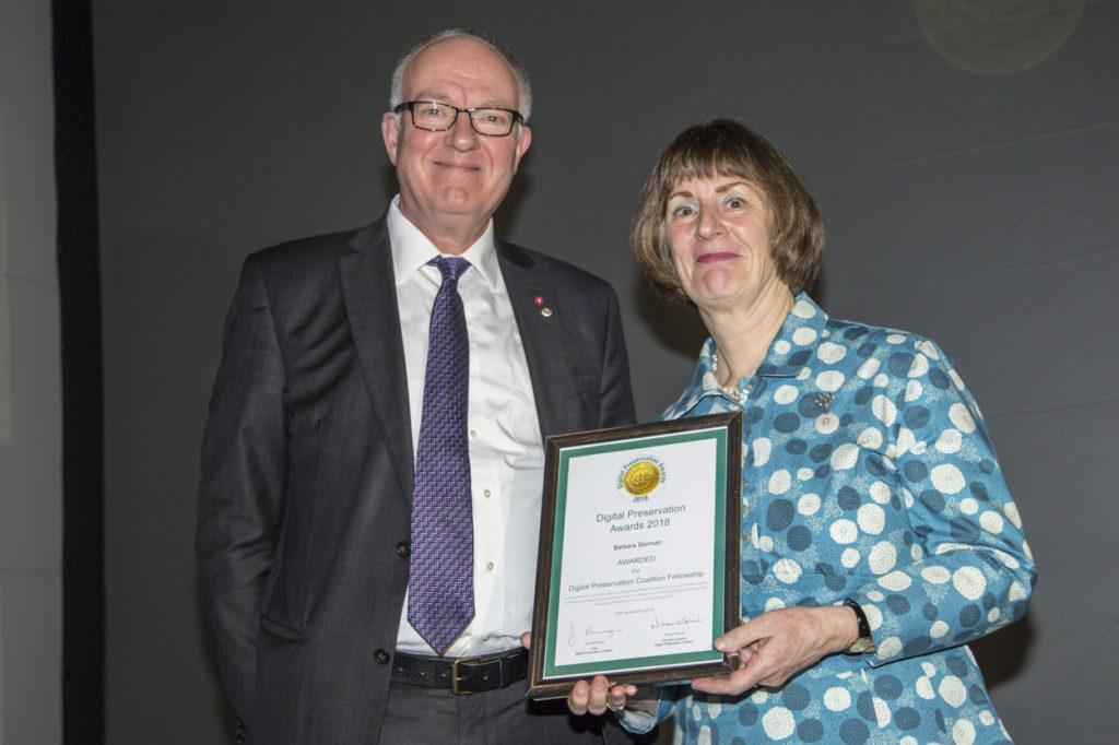 Richard Ovenden awarding Barbara Sierman the DPC Fellowship